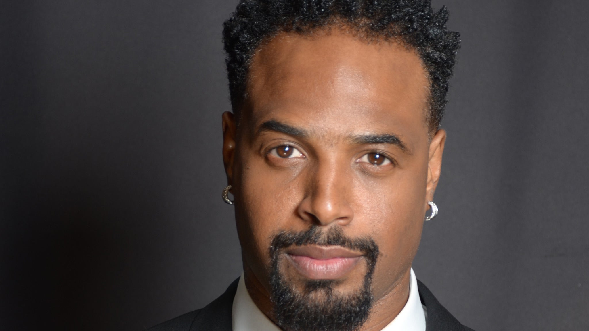 Shawn Wayans at Chicago Improv