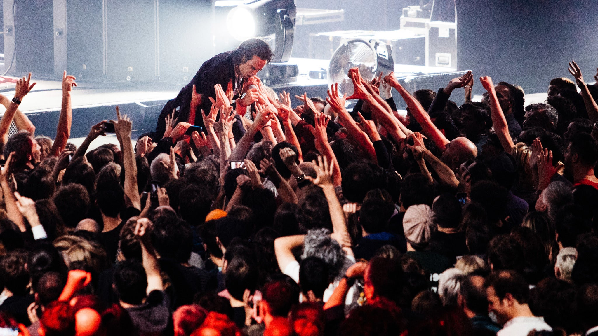 Nick Cave & the Bad Seeds w/ Weyes Blood at STAPLES Center