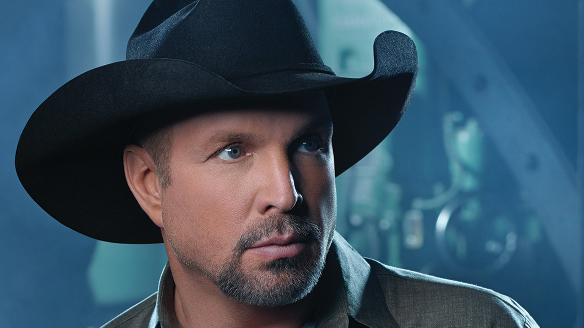 Garth Brooks Salutes Pearl Harbor with Trisha Yearwood