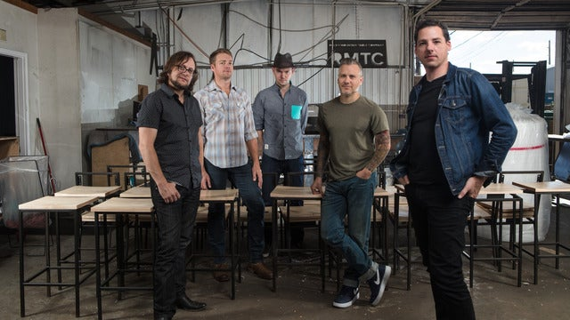 An Evening with the Infamous Stringdusters