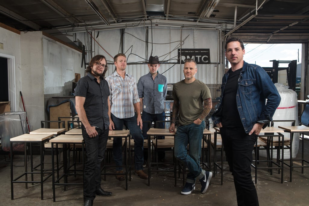 BGITB presents The Infamous Stringdusters & The Travelin' McCourys