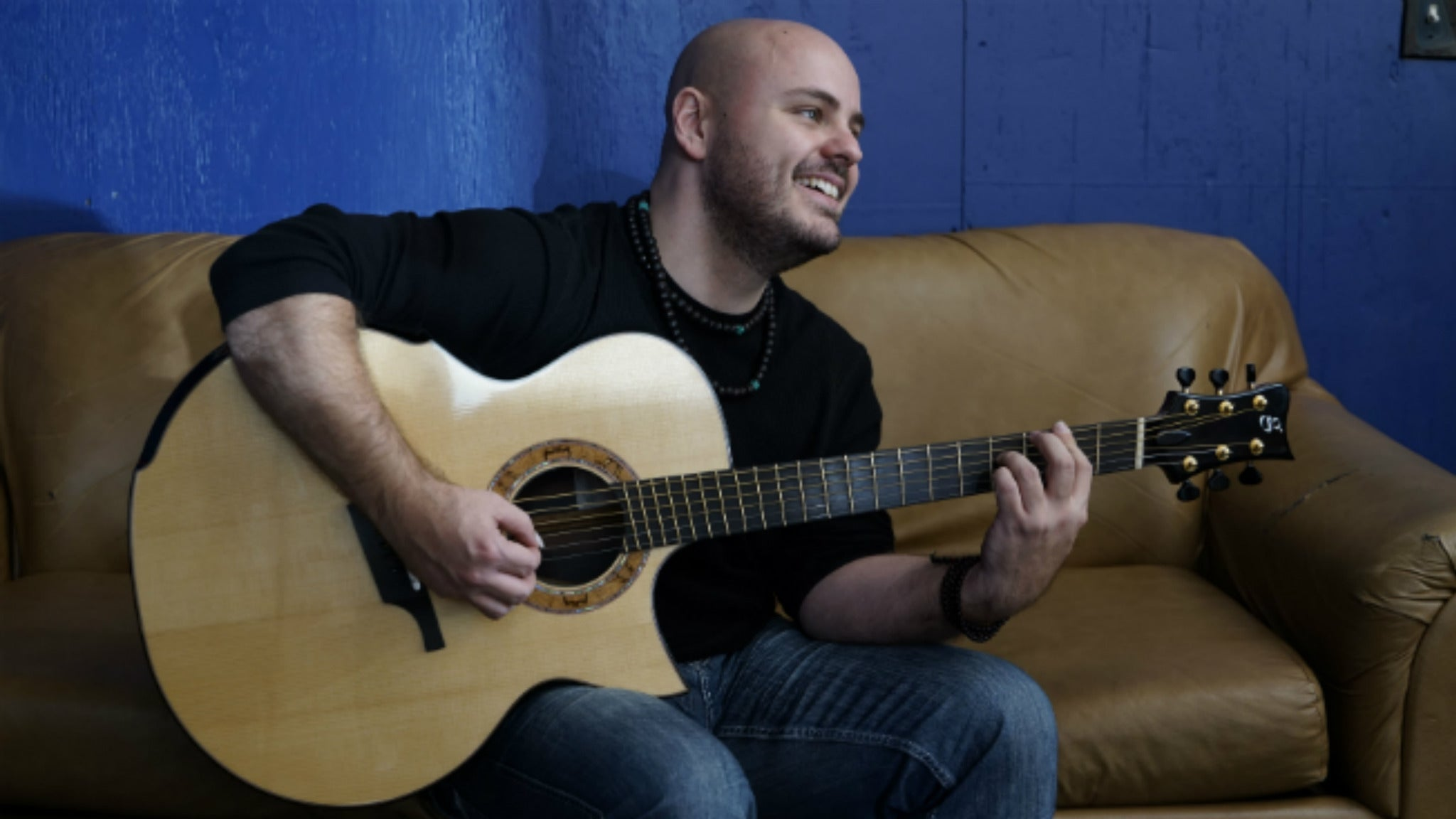 Andy McKee at Three Stages at Folsom Lake College