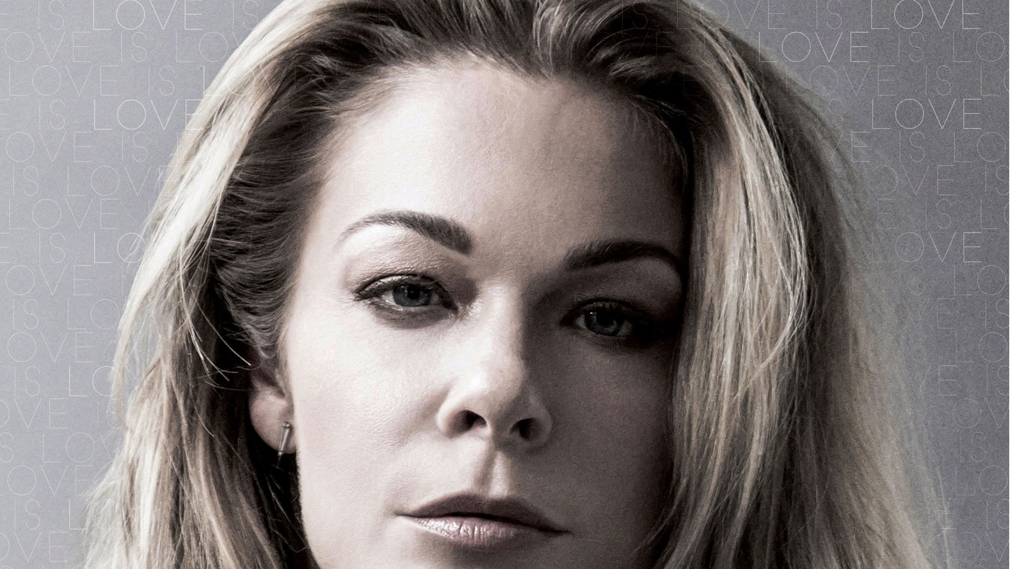 LeAnn Rimes at OC Inlet Parking Lot