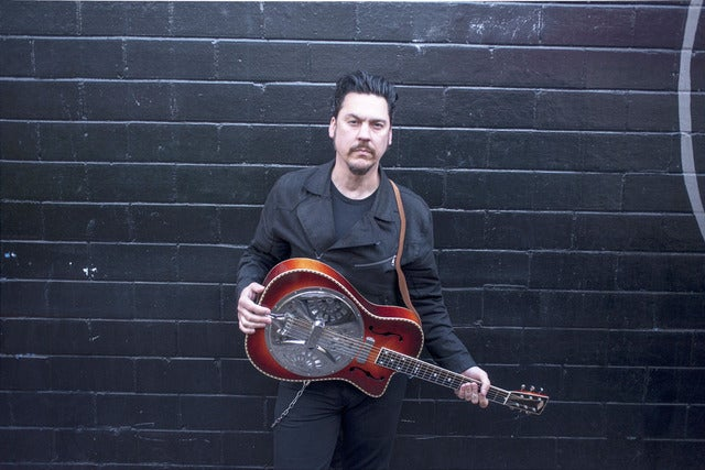 Jesse Dayton Solo Acoustic at Gallagher's Pub HB