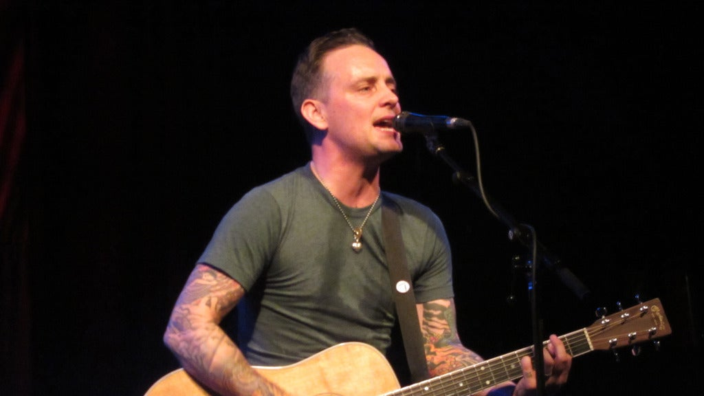 Hotels near Dave Hause Events