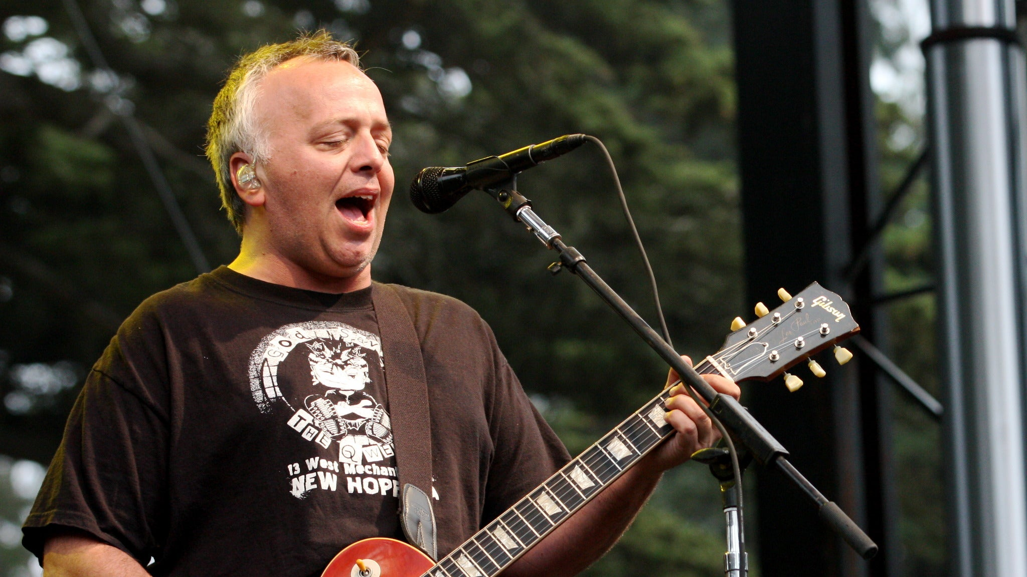 Gene Ween Does Billy Joel at The Queen