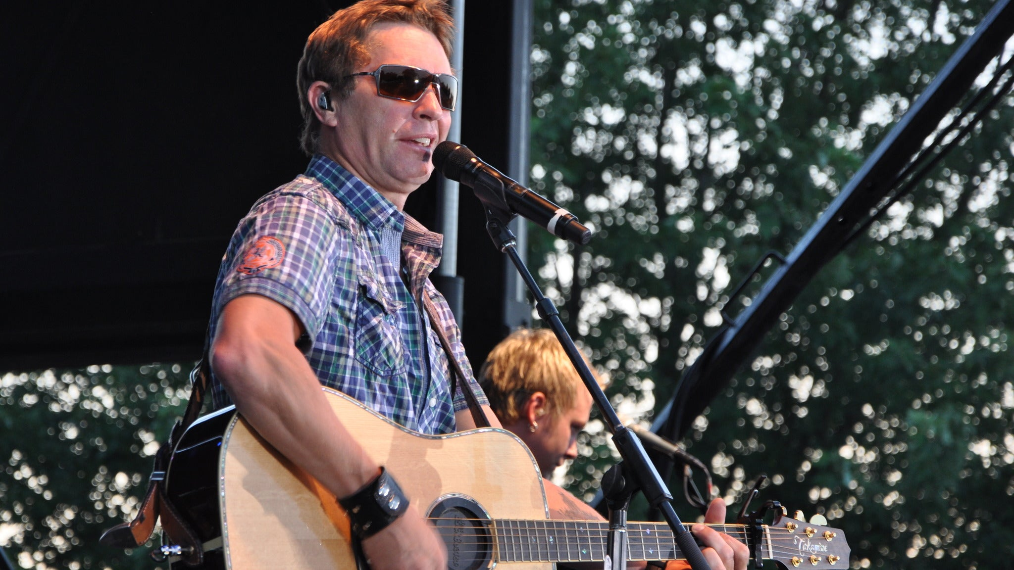 Craig Morgan at CFSB Center