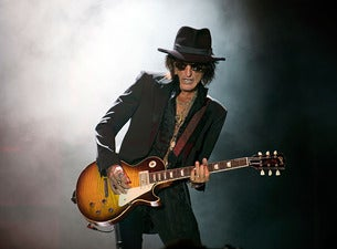 Joe Perry feat. Brad Whitford and Gary Cherone with The Black Moods