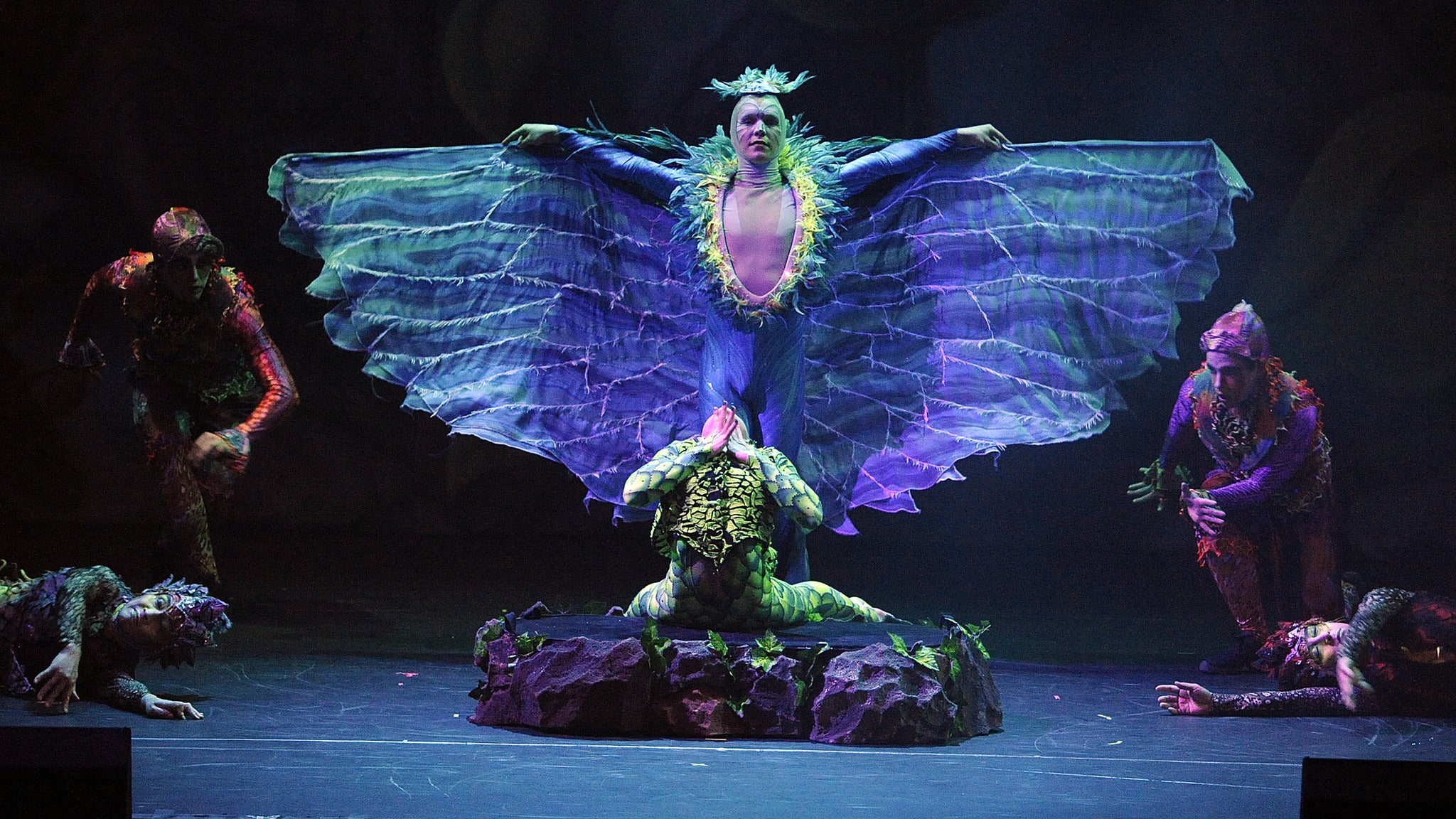 Cirque Dreams Jungle Fantasy at Mohegan Sun Arena