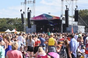 South Tyneside Festival - Lightning Seeds Plus Phats and Small