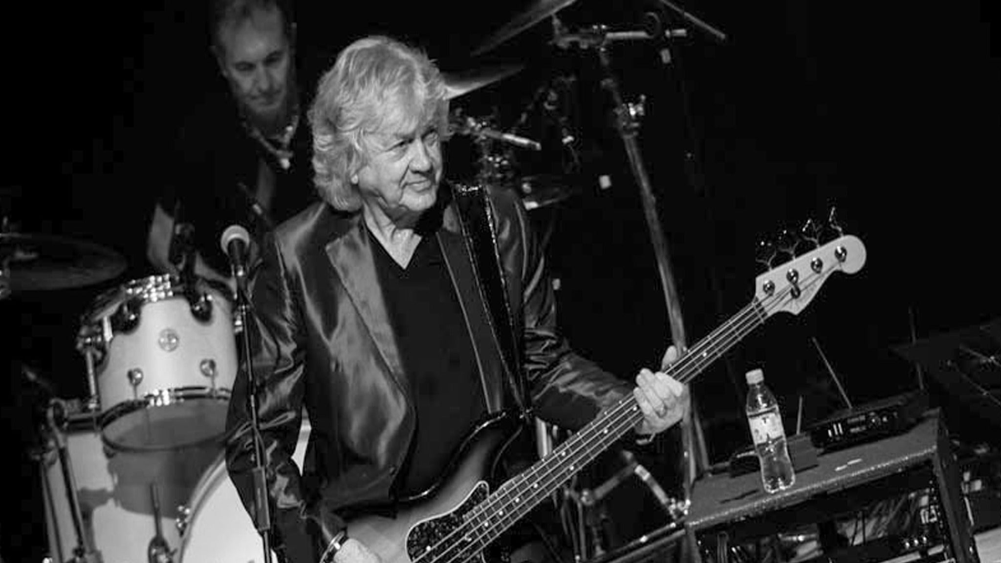 John Lodge Of The Moody Blues The 10,000 Light Years Tour
