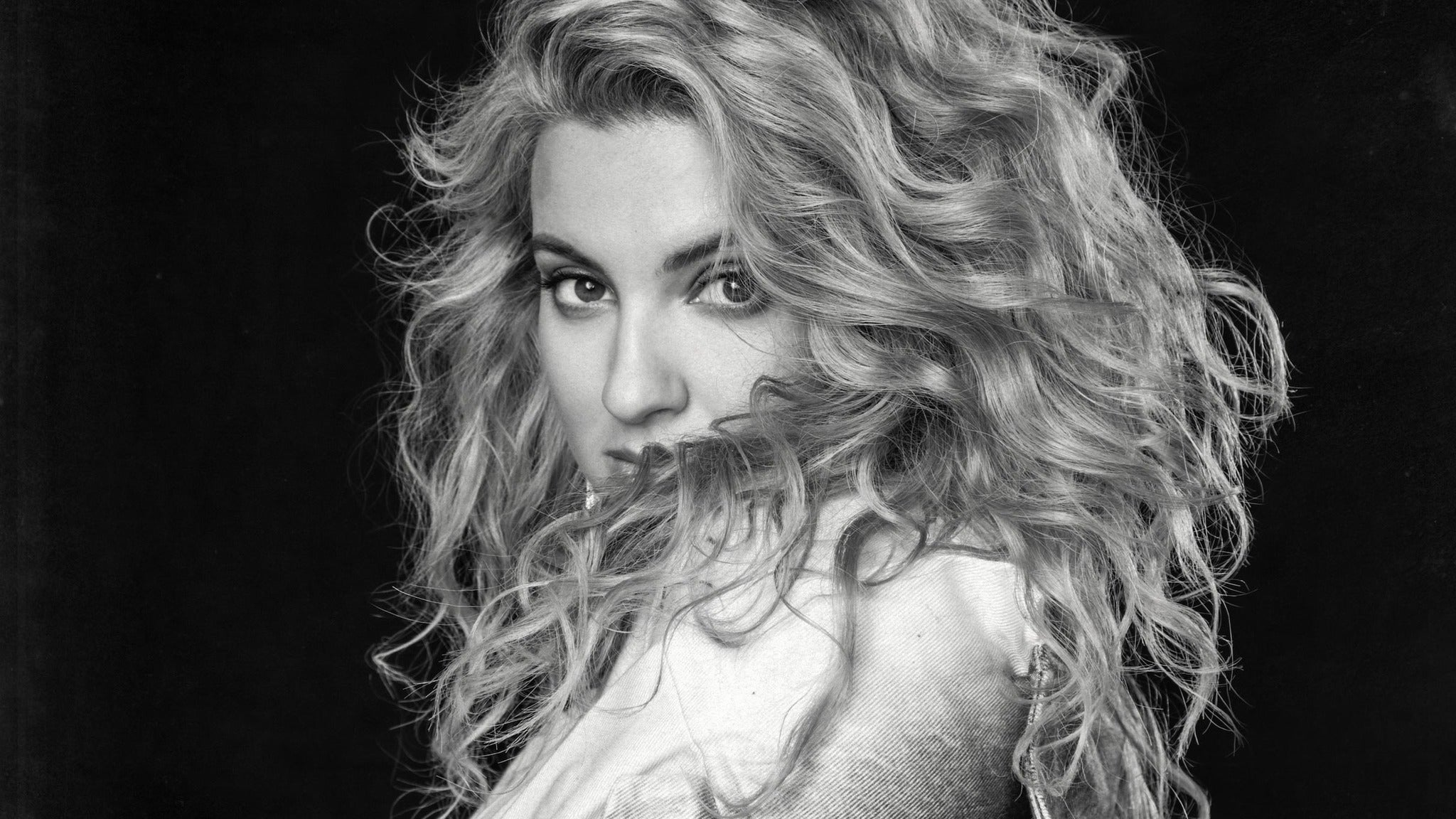An Evening With Tori Kelly: Hiding Place Tour