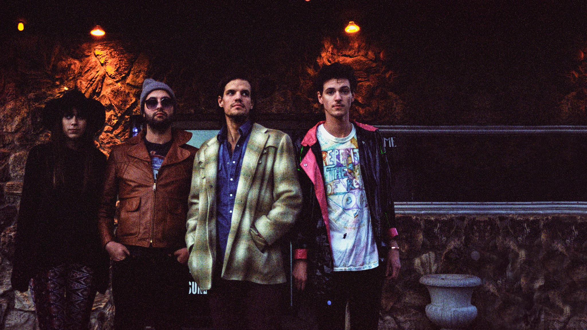 Houndmouth + Frederick the Younger at Varsity Theatre