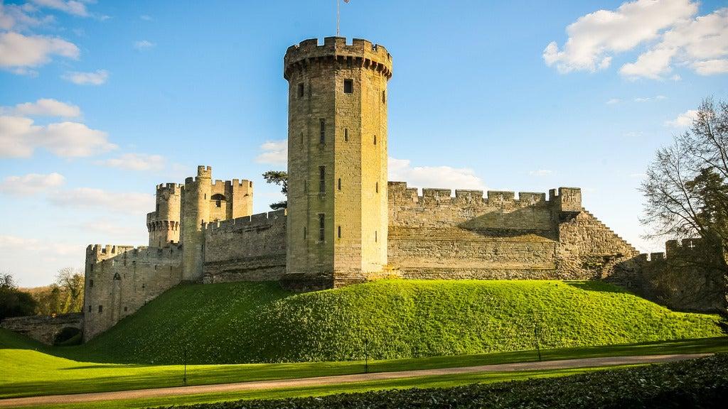 Hotels near Warwick Castle Events