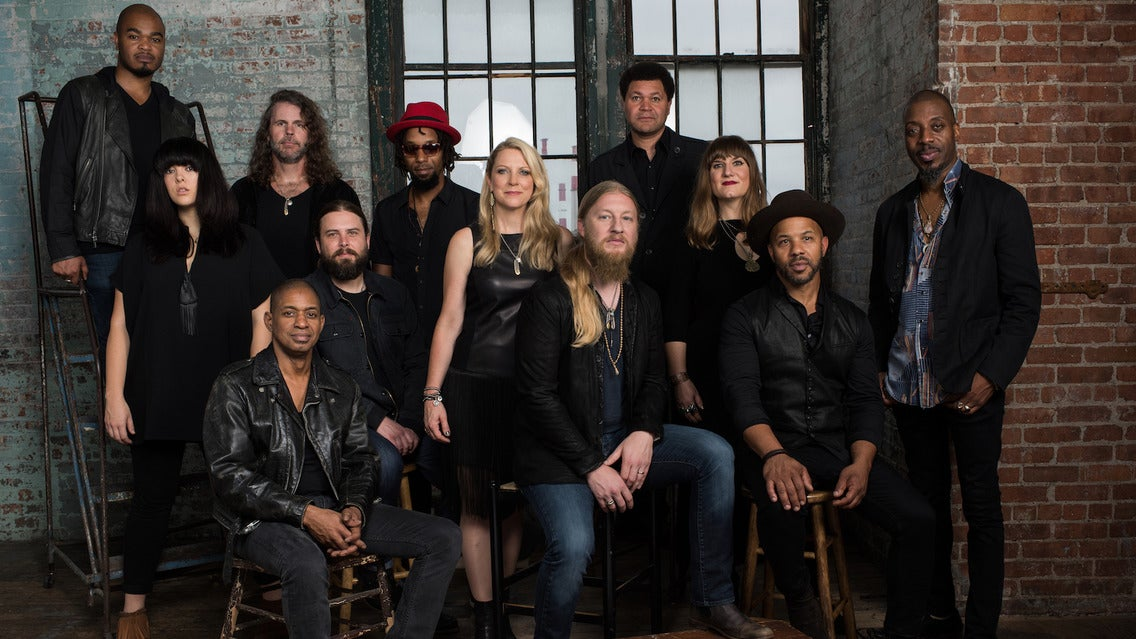 Tedeschi Trucks Band - Wheels Of Soul 2017 Summer Tour
