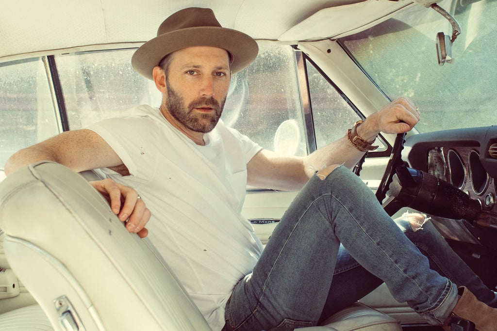 Mat Kearney: City of Black and White Revisited Acoustic Tour