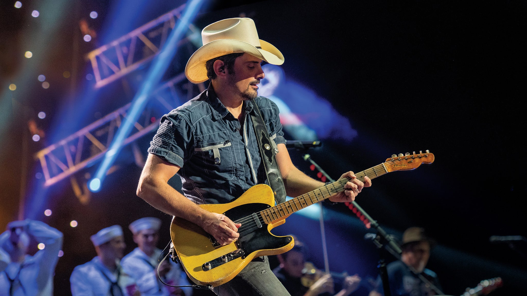 Brad Paisley World Tour 2020 at Mohegan Sun Arena