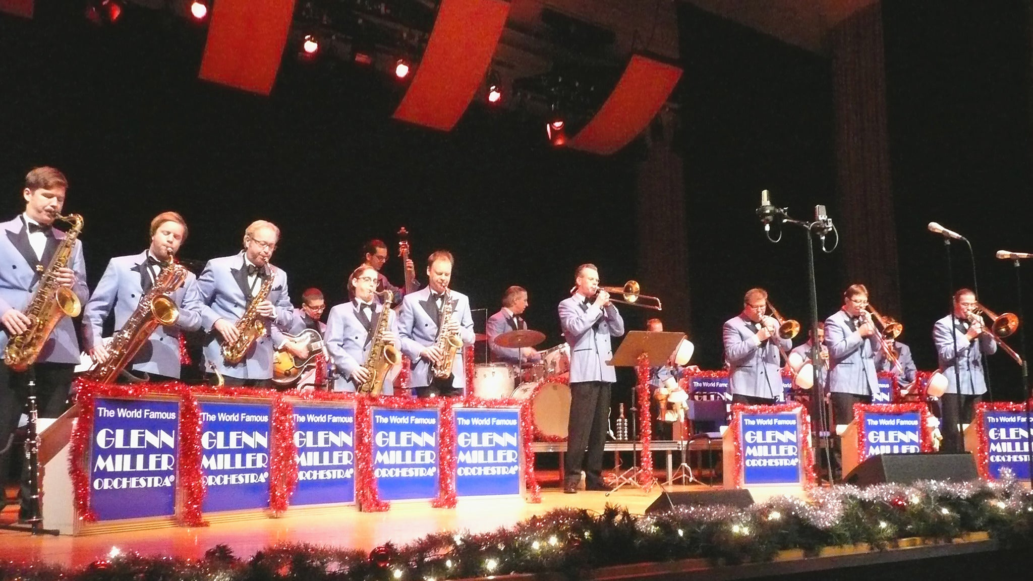 Glenn Miller Orchestra at Coach House