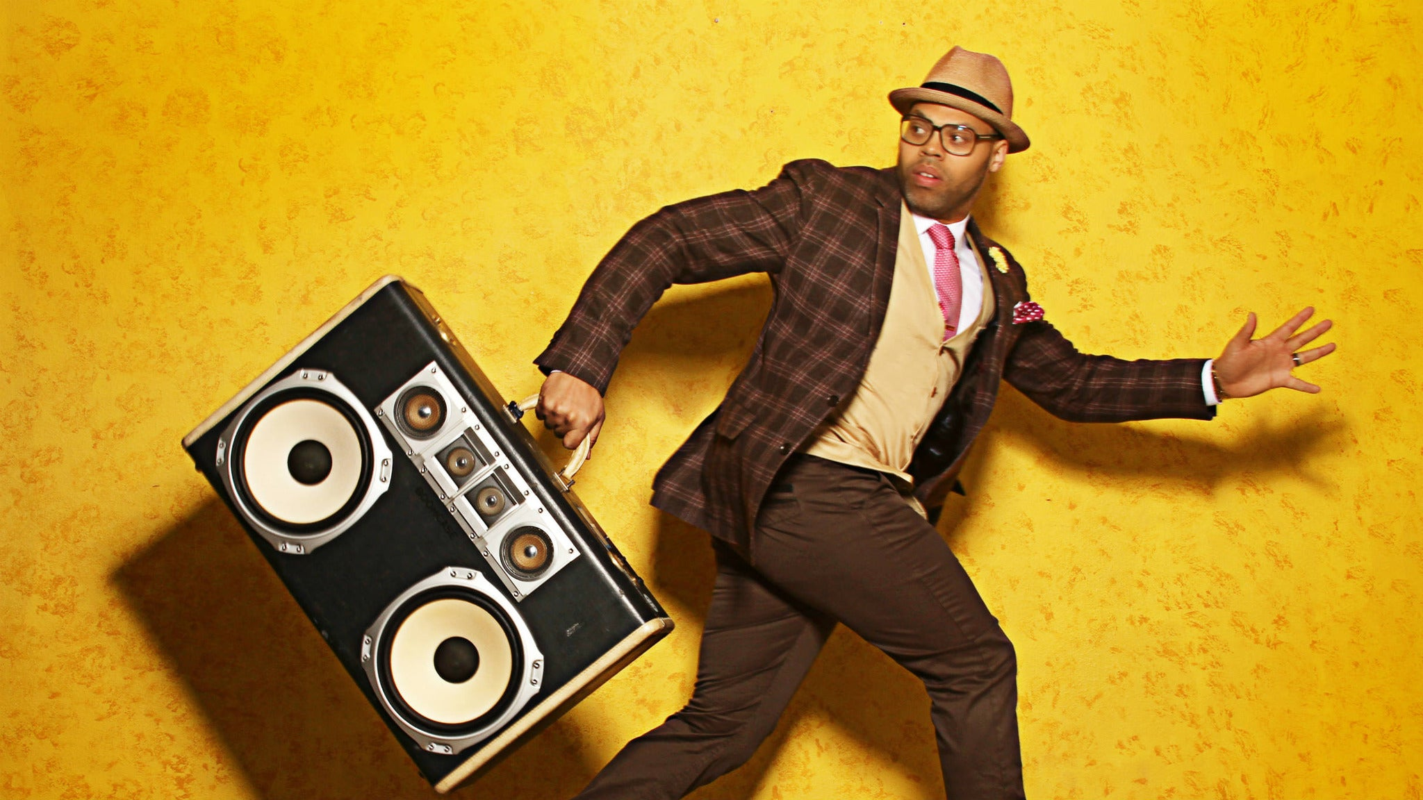 Eric Roberson at Howard Theatre