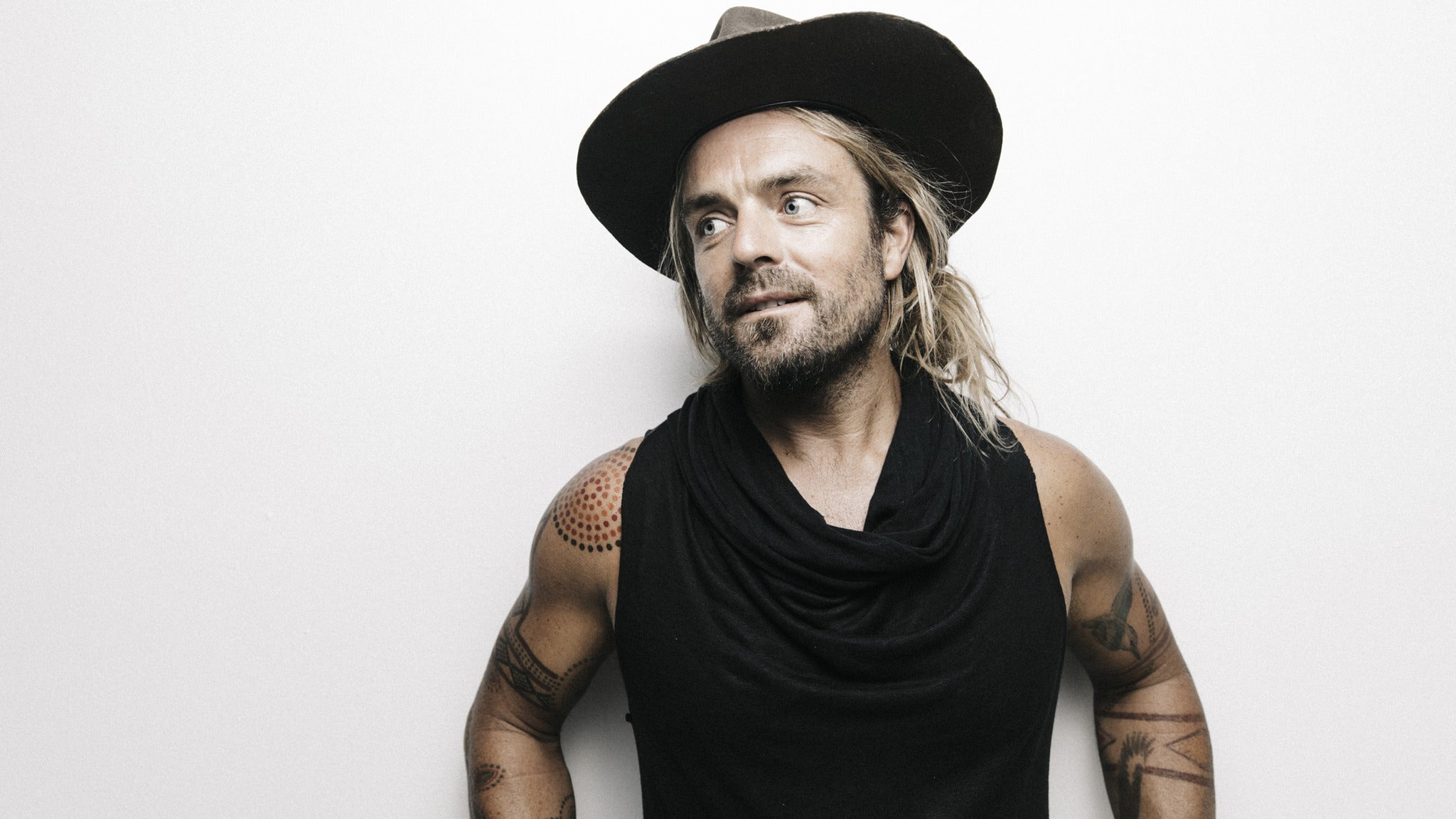 Xavier Rudd at The Majestic Ventura Theater - CA