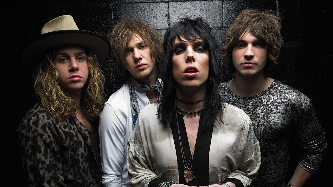 105.7 The Xmas Party featuring The Struts