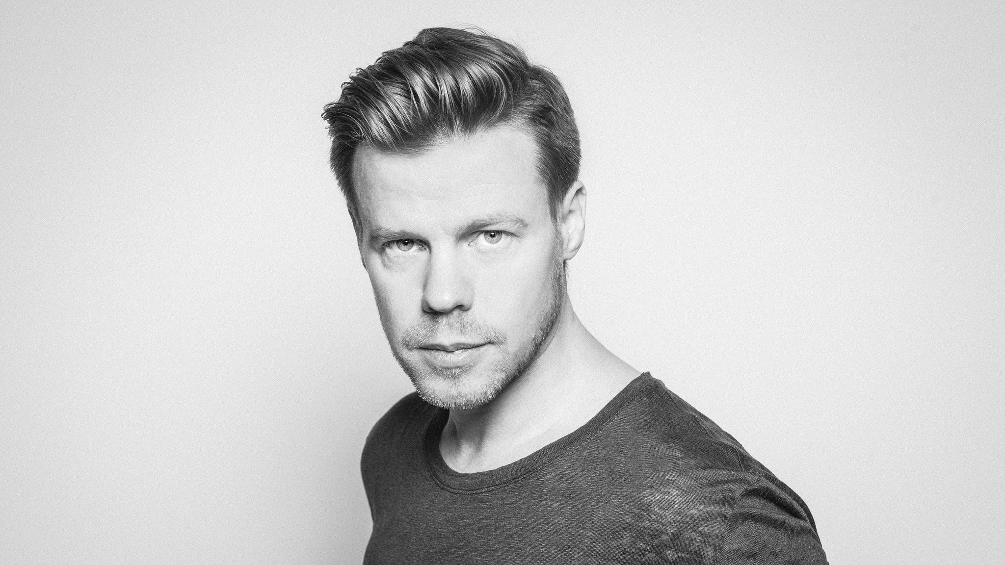 What the F feat. Ferry Corsten at Summit