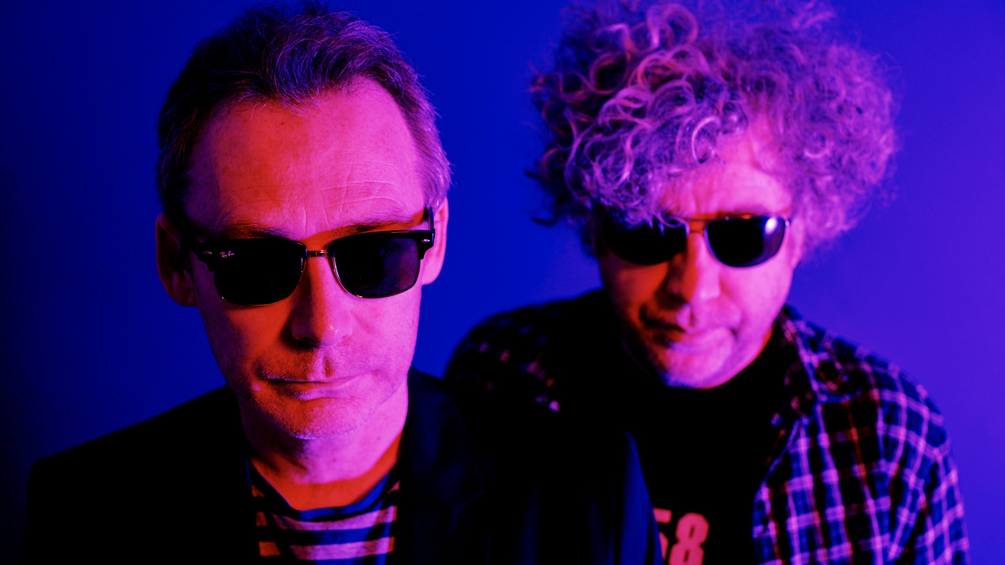 The Jesus and Mary Chain Play 'darklands'