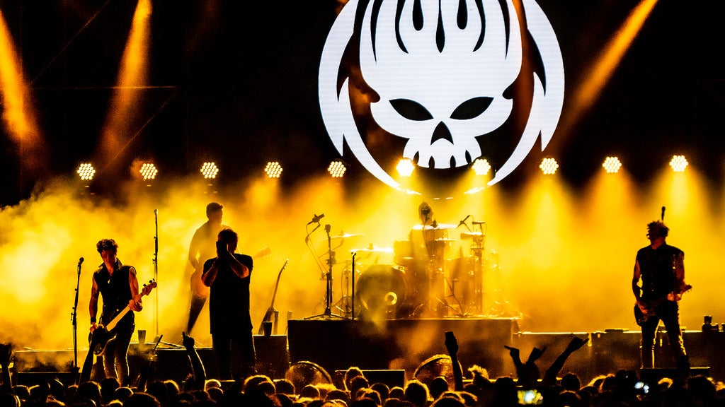 Hotels near The Offspring Events
