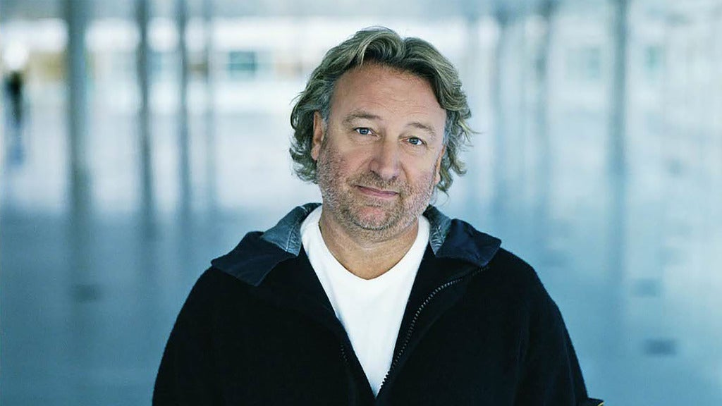 Hotels near Peter Hook and the Light Events