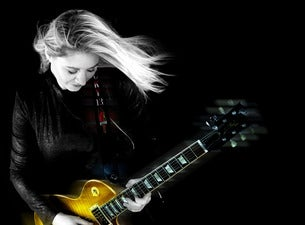 Joanne Shaw Taylor with JD Simo at Woodlands Tavern (9/5)