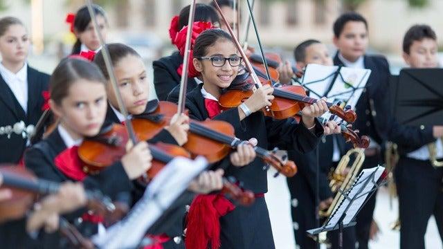 Nuestras Voces Youth Mariachi Showcase