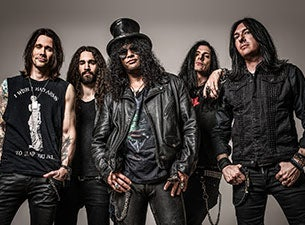 Slash feat Myles Kennedy and The Conspirators Living The Dream Tour 2