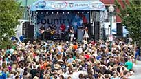 Country 102.5's Street Party