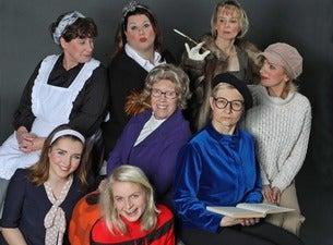 Acht Frauen