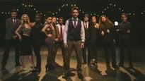 SCOTT BRADLEE'S POSTMODERN JUKEBOX - GOLD VIP PACKAGE