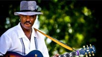Nick Colionne at Mable House Barnes Amphitheatre