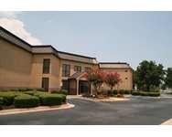 Hampton Inn Perry, GA. Opens New Window
