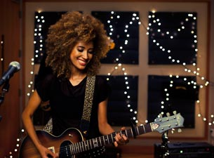 Andy Allo at The New Parish